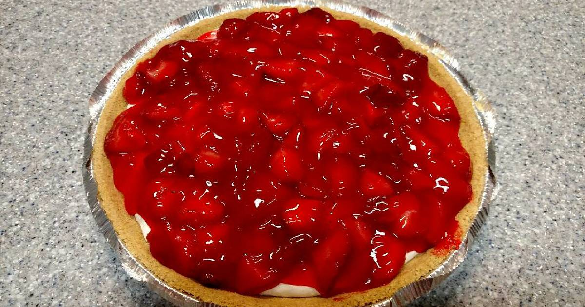 Cream cheese pie with strawberry topping Recipe by annawilkins ...