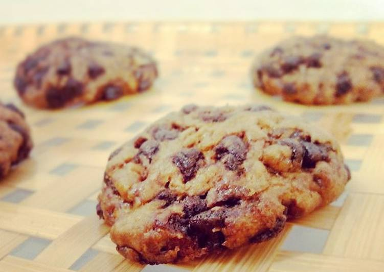 Nutella Stuffed-Brown Buttered-Double Chocolate chips-Sea Salted OMG Cookies