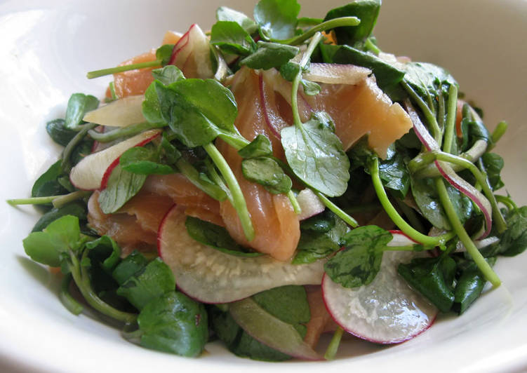 Watercress Salmon Salad with Wasabi Dressing