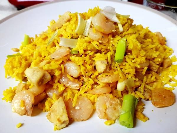 My Garlic Chicken, Prawn, squid & fried Rice. 😀