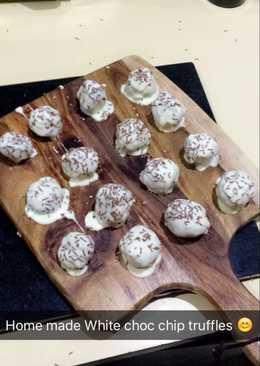 White chocolate chip cookie dough truffles