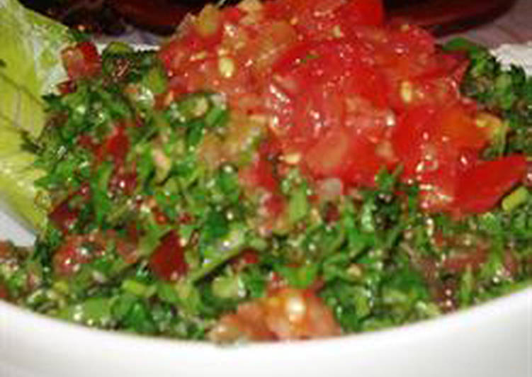 Lebanese tabbouleh salad - tabbouleh