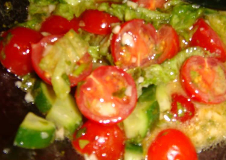 Malt-N-Dijon Dressed Salad