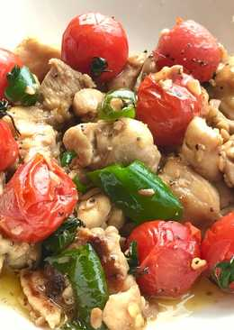 Garlic chicken with tomatoes