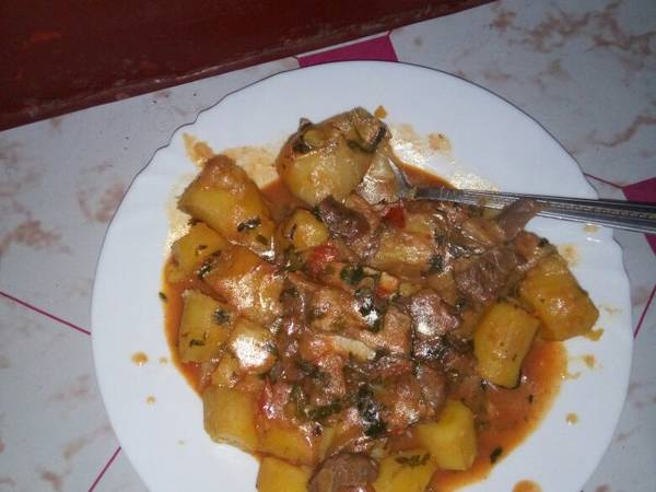 Matoke stew with beef
