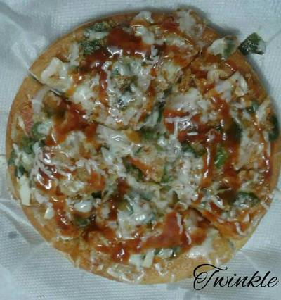 Home made tawa pizza