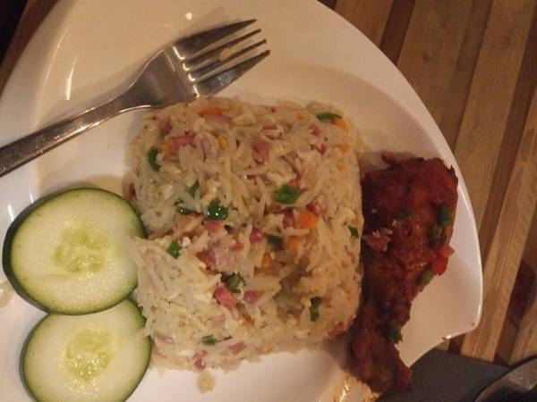 Coconut rice with fried fish