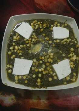 Palak corn curry with paneer