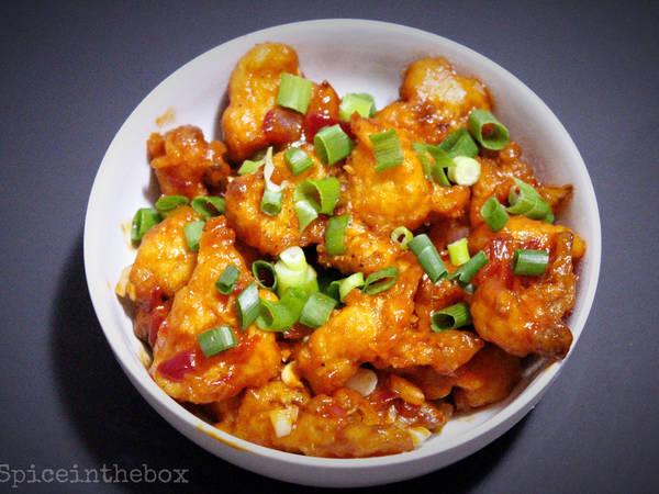 Indo-Chinese: Cauliflower Manchurian