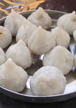Vella Kozhukattai (Sweet Modak)