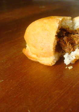 Beef-Stuffed Bun