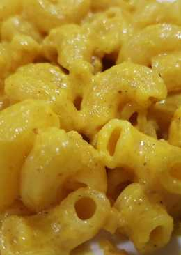 Curry Mac and Cheese