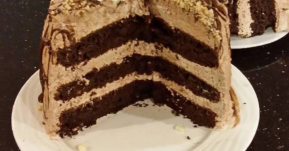 Chocolate Layer Cake With Whipped Hazelnut Cream Filling