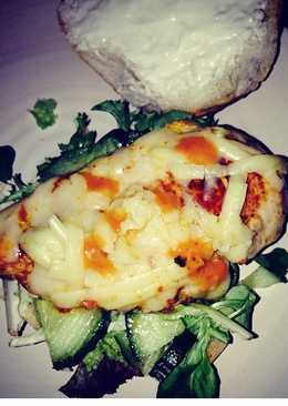 Tomato pesto with cheese & salad chicken burger
