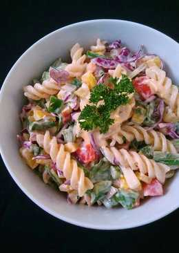 Creamy Cheesy Pasta Salad