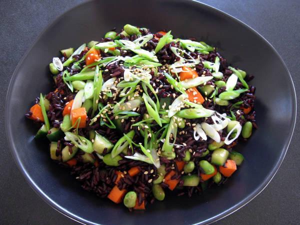 Crunchy Edamame & Black Rice Salad