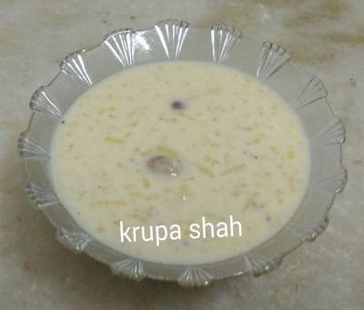 Rice and water chestnuts kheer