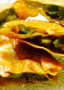 Peas stuffed papad envolep