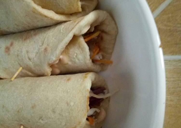 My homemade shawarma Recipe by Yuhnees - Cookpad