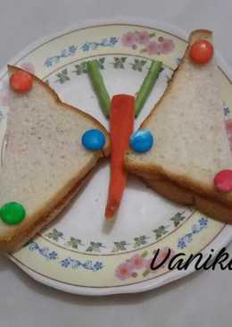 Jam butterfly sandwich