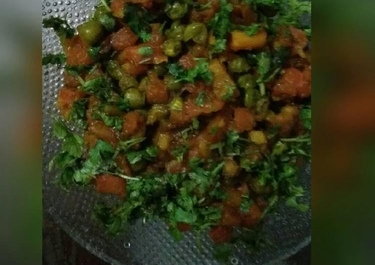 Carrot and green peas ki khatti mithi subji