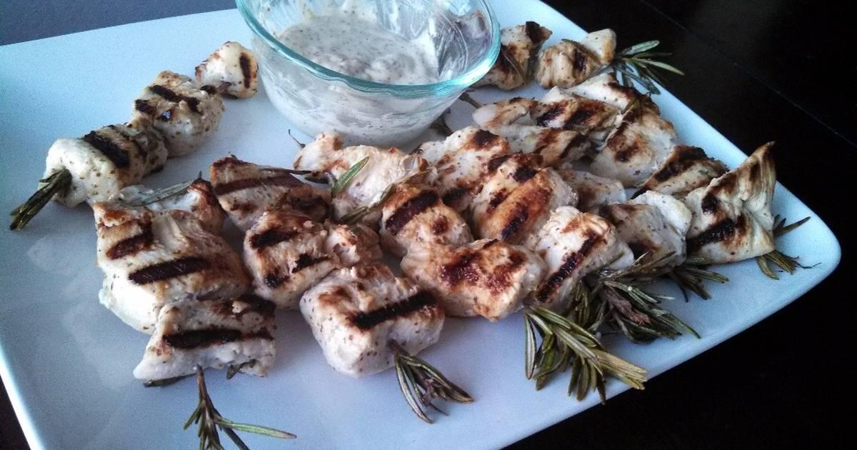 Rosemary Lemon Chicken Skewers Recipe by HardDog1110 - Cookpad