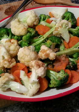Steamed Vegetables in Honey vinegrette dressing