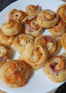 Ham and Cheesy Pinwheels