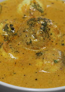 Paneer Malai Kofta (cheese balls in spicy creamy gravy)
