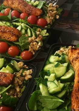 Mixed leaf and nut salmon salad