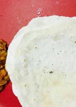 Malabar chiken curry and pathiri. (kerala style)