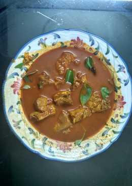 Kerala Style Fish Curry (Meen Mulaku Curry)