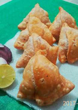 Beetroot samosa(complete power punch=)