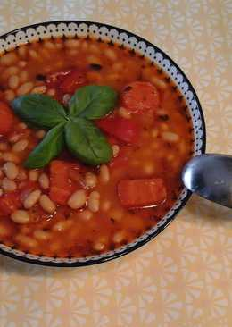 Greek Bean Soup with a twist (Fasolada)