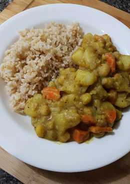 Creamy Chickpea Potato Curry