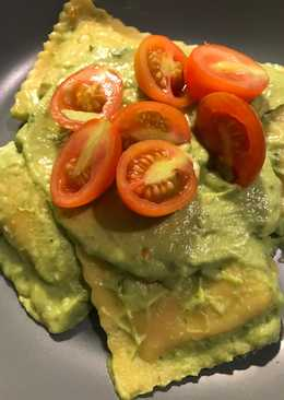 Vegan Spinach and Ricotta Ravioli with Avocado Sauce
