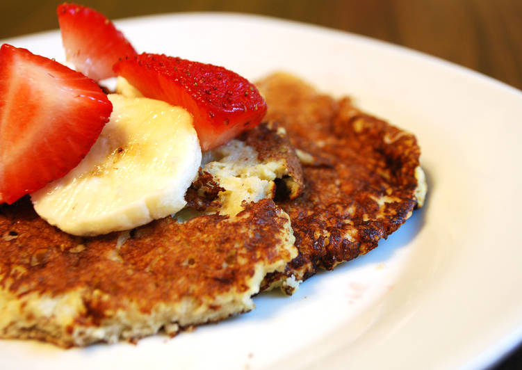 Flourless Pancakes With Banana and Eggs
