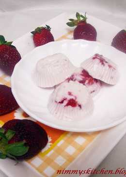 Stawberry Panna Cotta