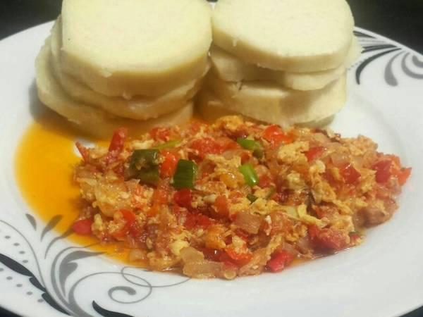 Yam with egg sauce