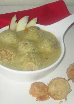 Shahi apple kofta curry