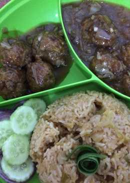 Cabbage manchurian and fried rice