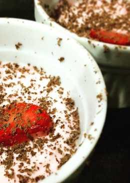 Strawberry Cream for Vday!