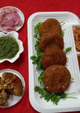 Dry fruits & paneer stuffed soya kebabs