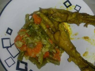 Mix vege & chicken feet