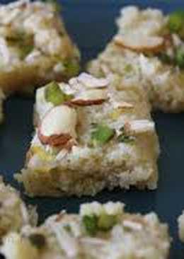 Kalakand (Indian style ricotta cheesecake)