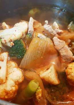 김치찌개 | Kimchi Stew