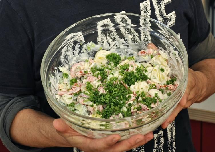 Potato salad with capsicum and cucumber