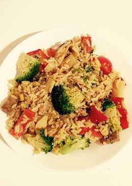 Tofu and lemongrass egg-fried rice