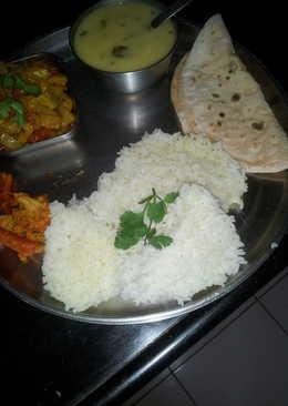 Gujarati kadi and kakdi tamater ki sabji