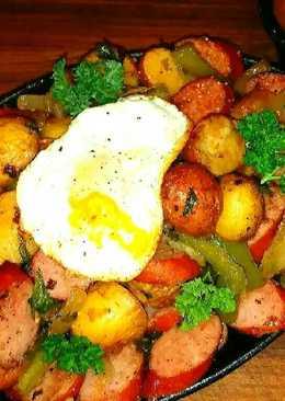 Mike's Sizzling Sausage Egg & Potato Breakfast Skillets